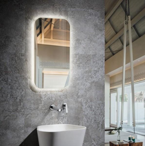 Spiegel mit LED Beleuchtung für's Bad 450 x 750mm 40 Watt, Lichtfarbe 6000K