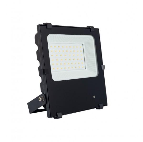 LED Außenstrahler IP66 mit Bewegungsmelder, 30 Watt, Lichtfarbe 3000K