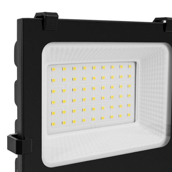 LED Außenstrahler IP65 30 Watt, Lichtfarbe 6000K tageslichtweiß, 4050lm