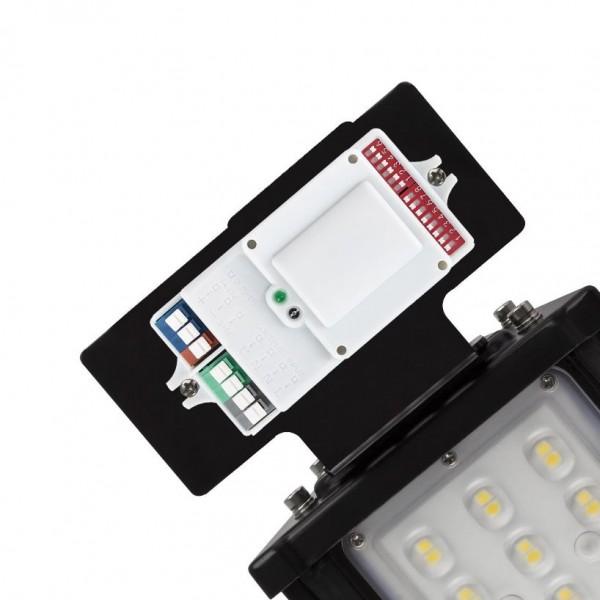 Bewegungs-Sensor zu LED Hallenstrahler/ Linearstrahler